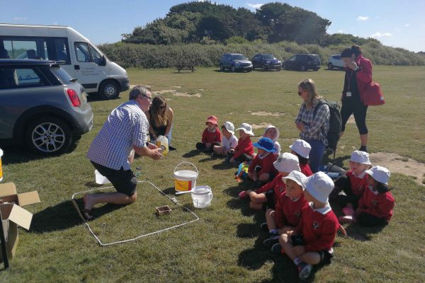 Teaching small children about microplastics